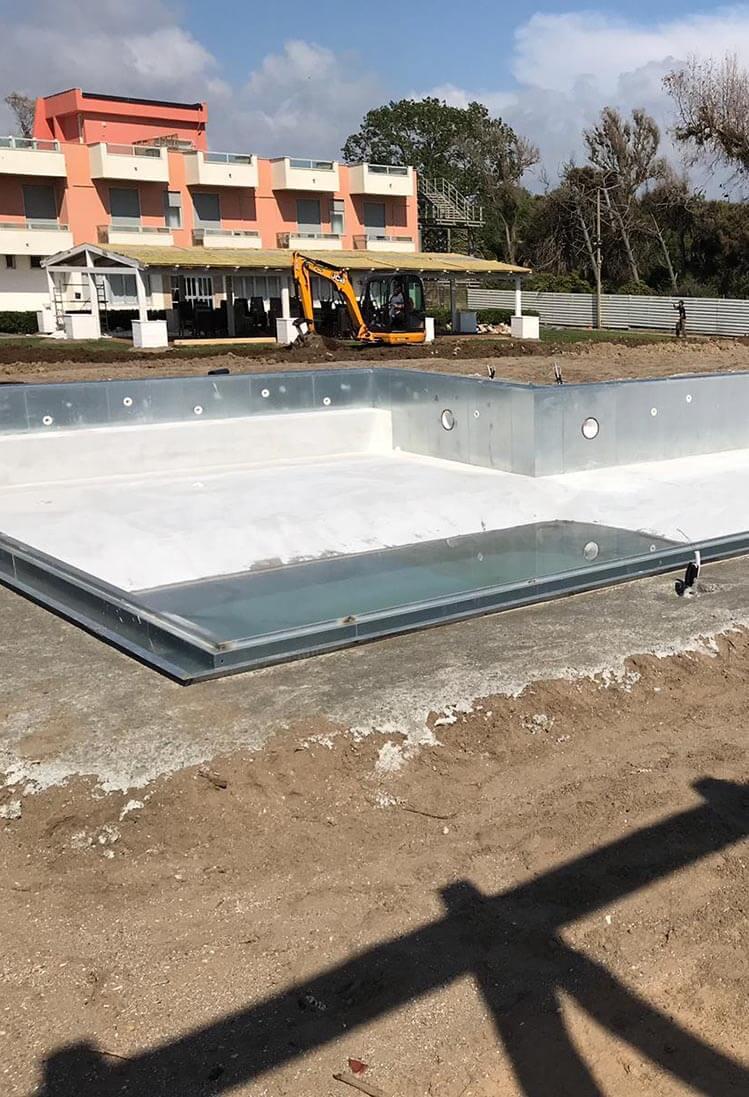 Costruzione piscine prefabbricate